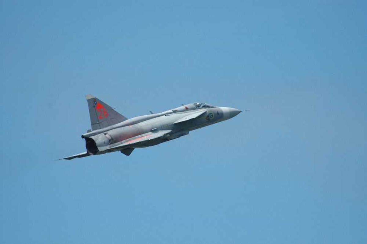 Jagerfly SAAB Jas Gripen, i luften