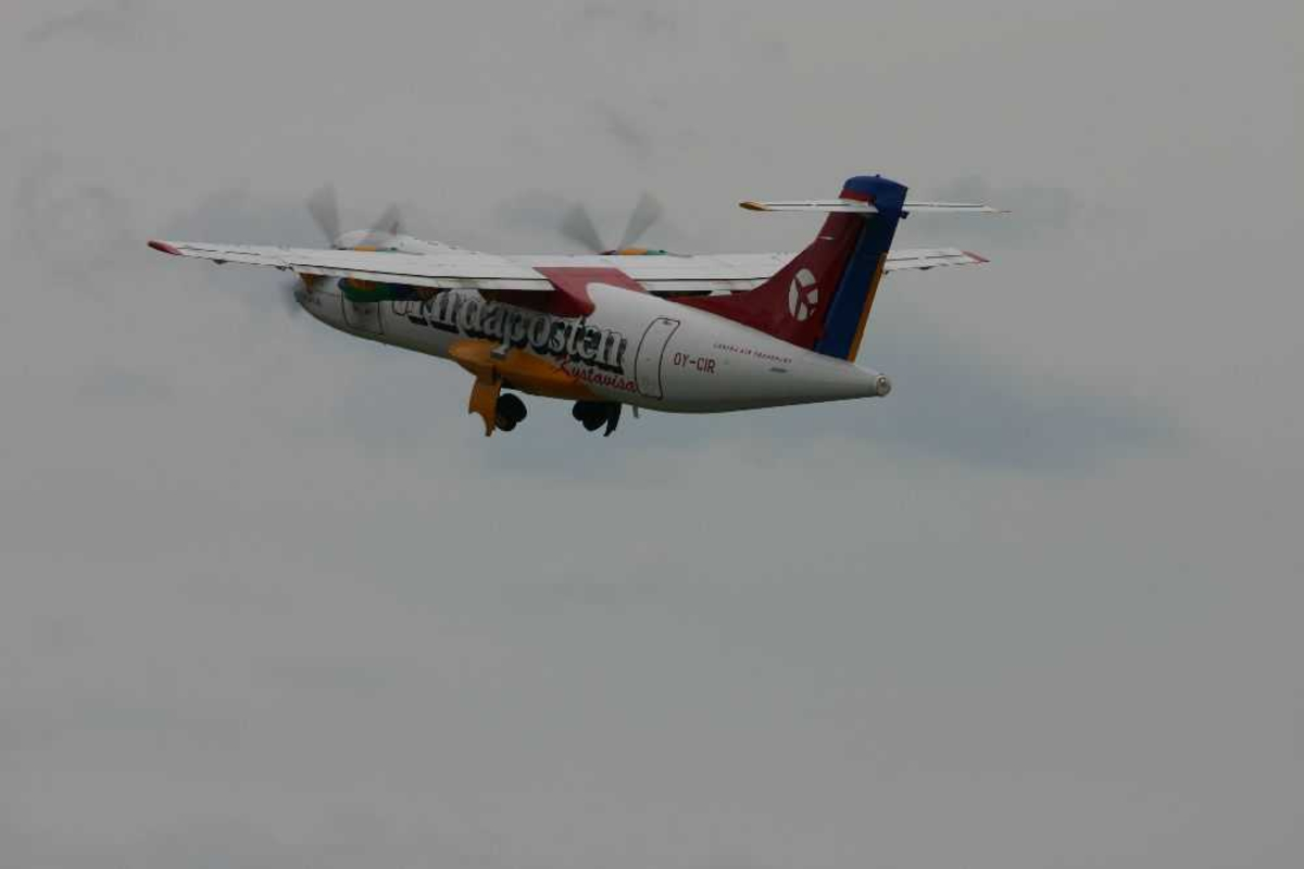 Ett fly i lufta, ATR-42-300, OY-CIR fra Danish Air Transport