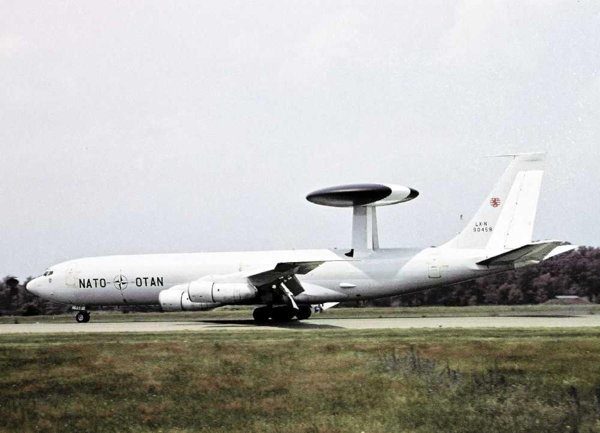 Ett fly på bakken, Boeing E-3A Sentry 707-300, LX-N90459
