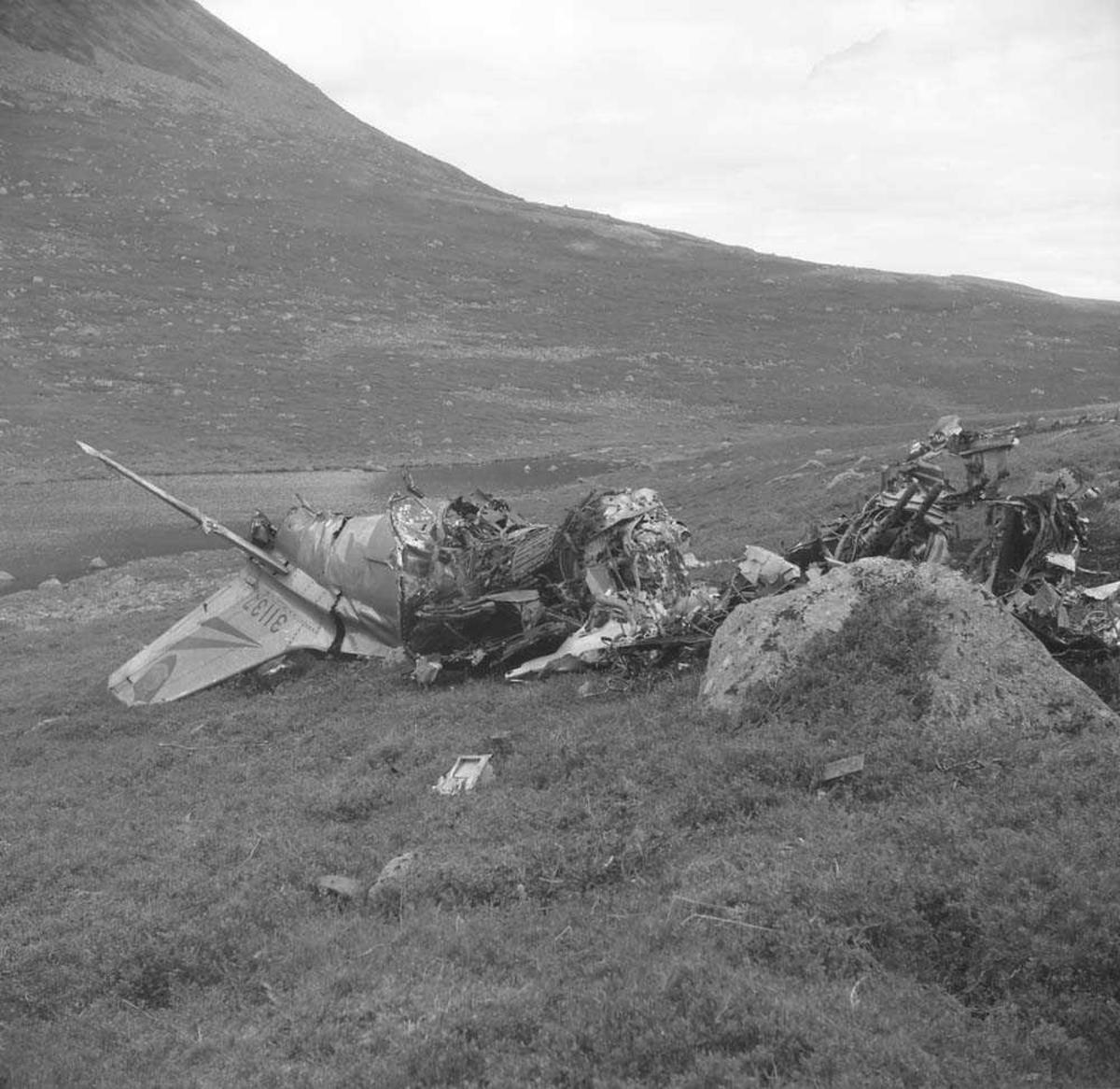 F-86-F Sabre FN-I ser 53-1137 havarerte 4 aug 1959 ved Finnseter gård på Hinnøya i Troms fylke.