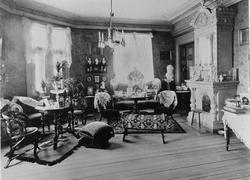 Salonger o bostad Östra köpmansgatan 25. År 1890-1905.