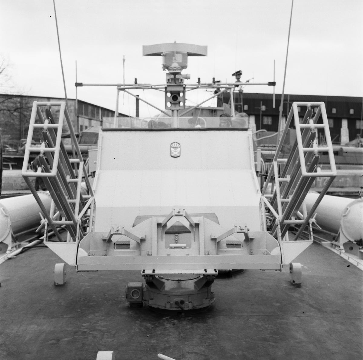 Fartyg: T42                             Rederi: Kungliga Flottan, Marinen Byggår: 1956 Varv: Kockums Övrigt: Raketställ.
