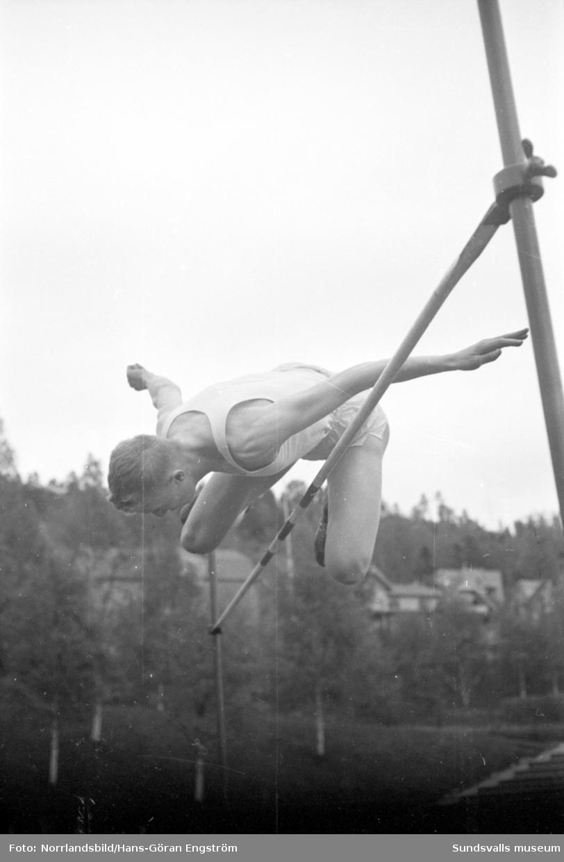 Friidrottstävlingar i Idrottsparken.