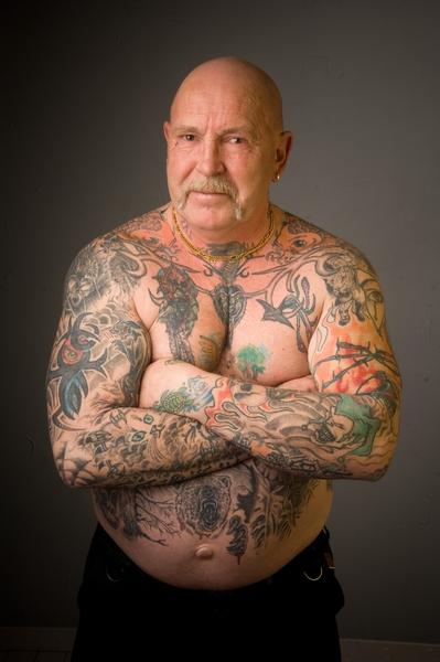 Dating en man med tatueringar