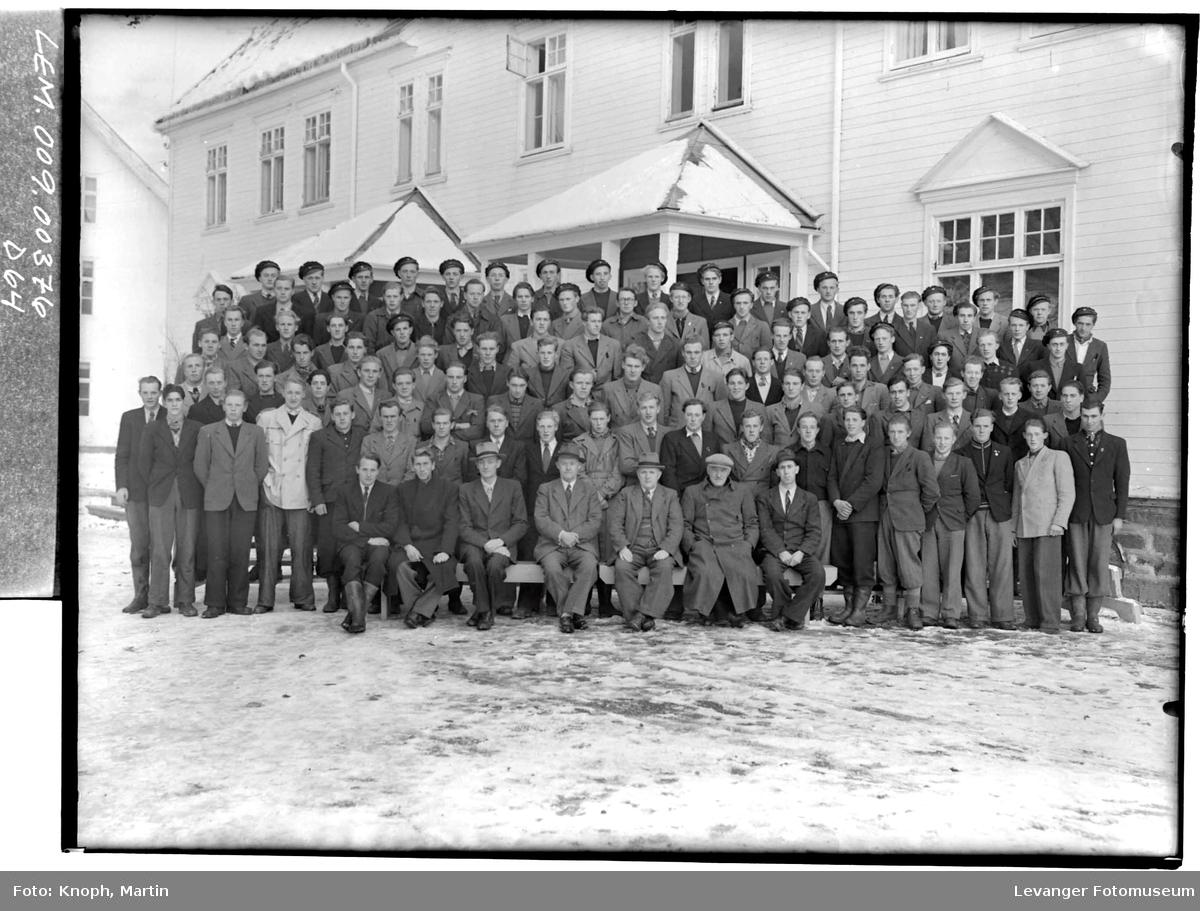 Elever ved Mære Landbruksskole.