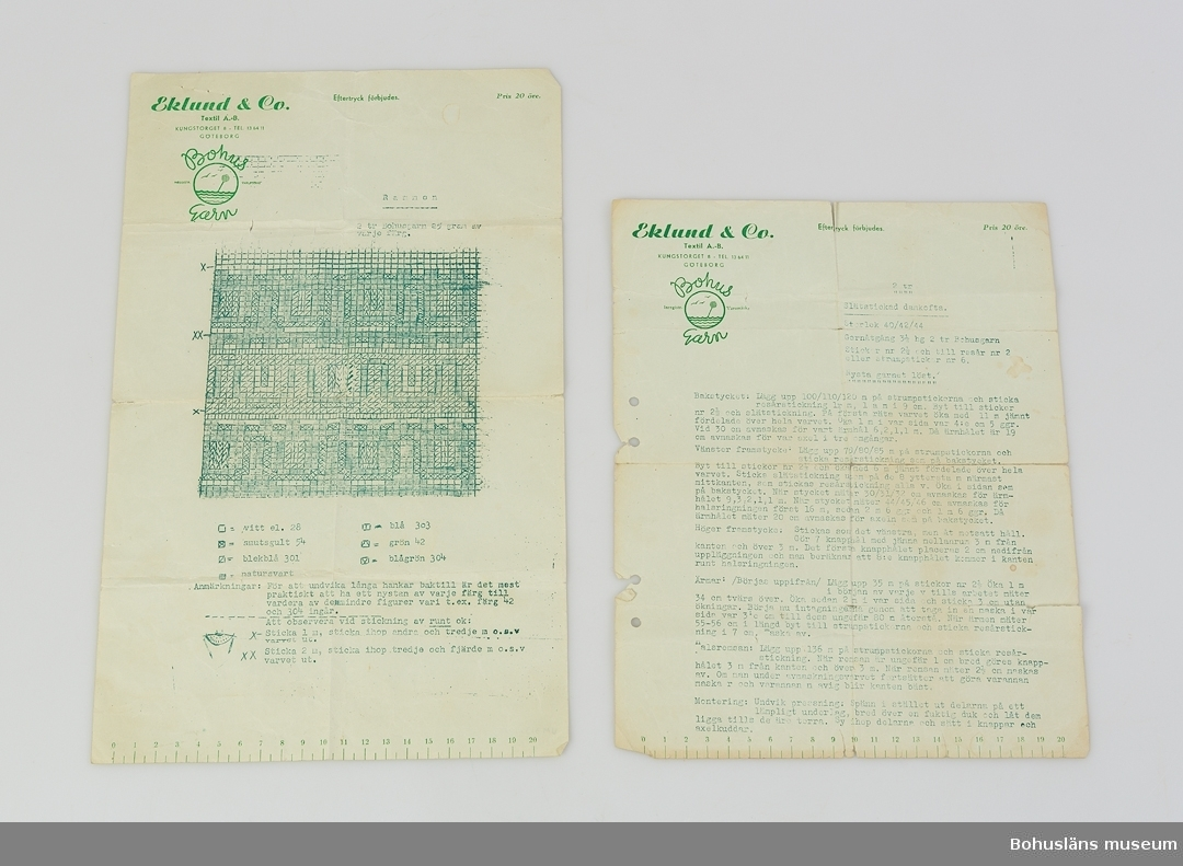 """Stickbeskrivning (UM031321:1) på grönt papper med grön text för modell Slätstickad damkofta  samt mönsterrapport (UM031321:2) för modell """"Rammen""""  i sex färger,  vilken också finns för okmodell. Papprets format: H35,5 x B22,4 cm. Färdig tröja, se UM031320. Förvärvstillstånd  Trasigt i vikningarna, hålslaget, gulnade kanter."""