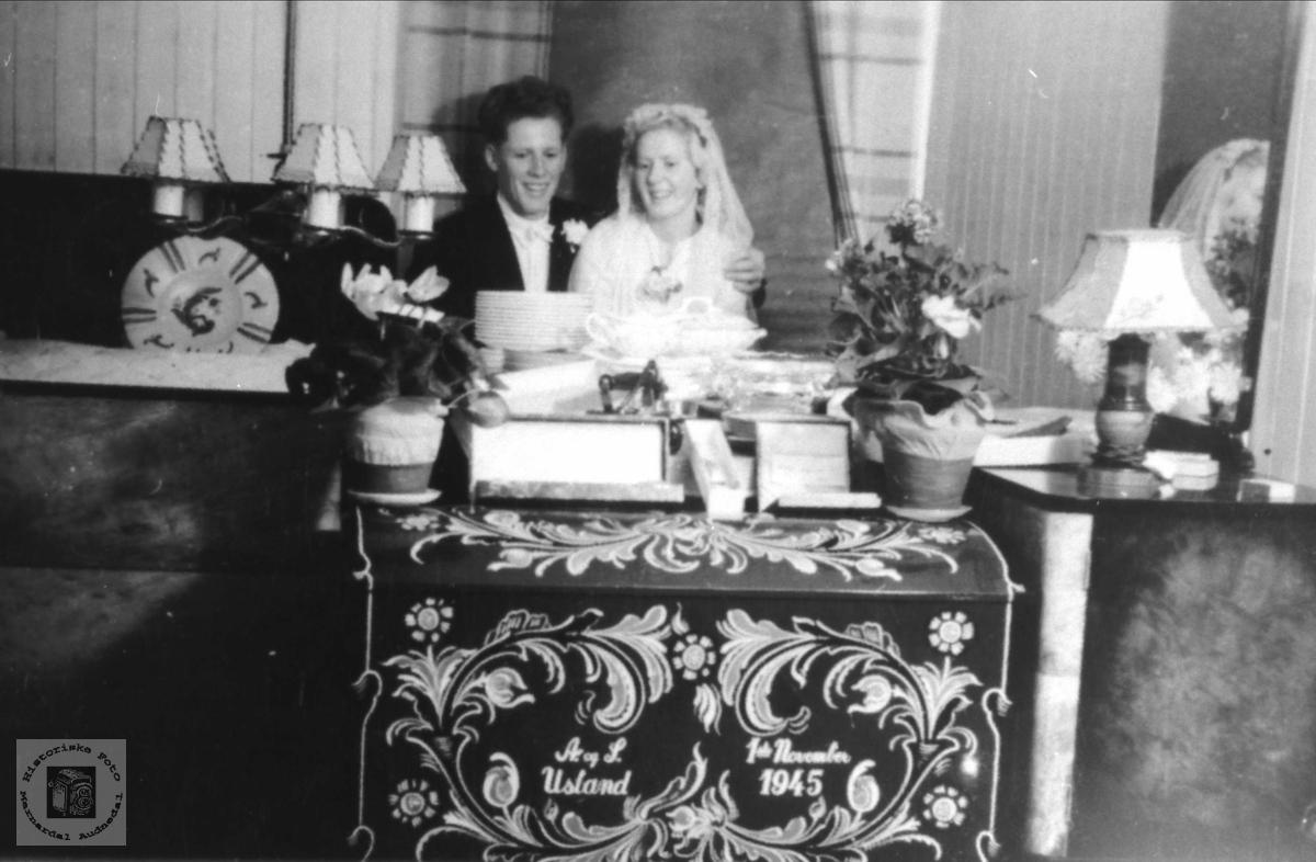 Bryllupsbilde; Simon Usland og Aslaug Usland. f. Øyslebø