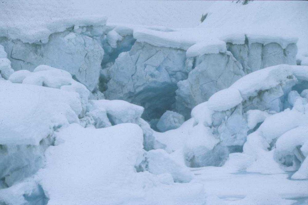 Luftfoto. Vinter. Parti fra isbre Vestlandet.