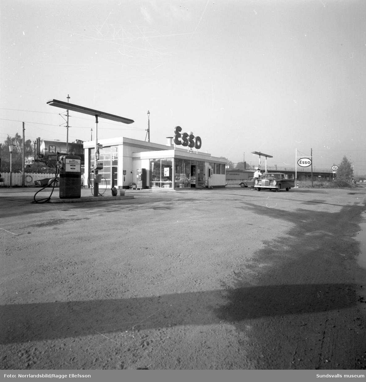 Esso på Landsvägsallén, exteriörbilder.