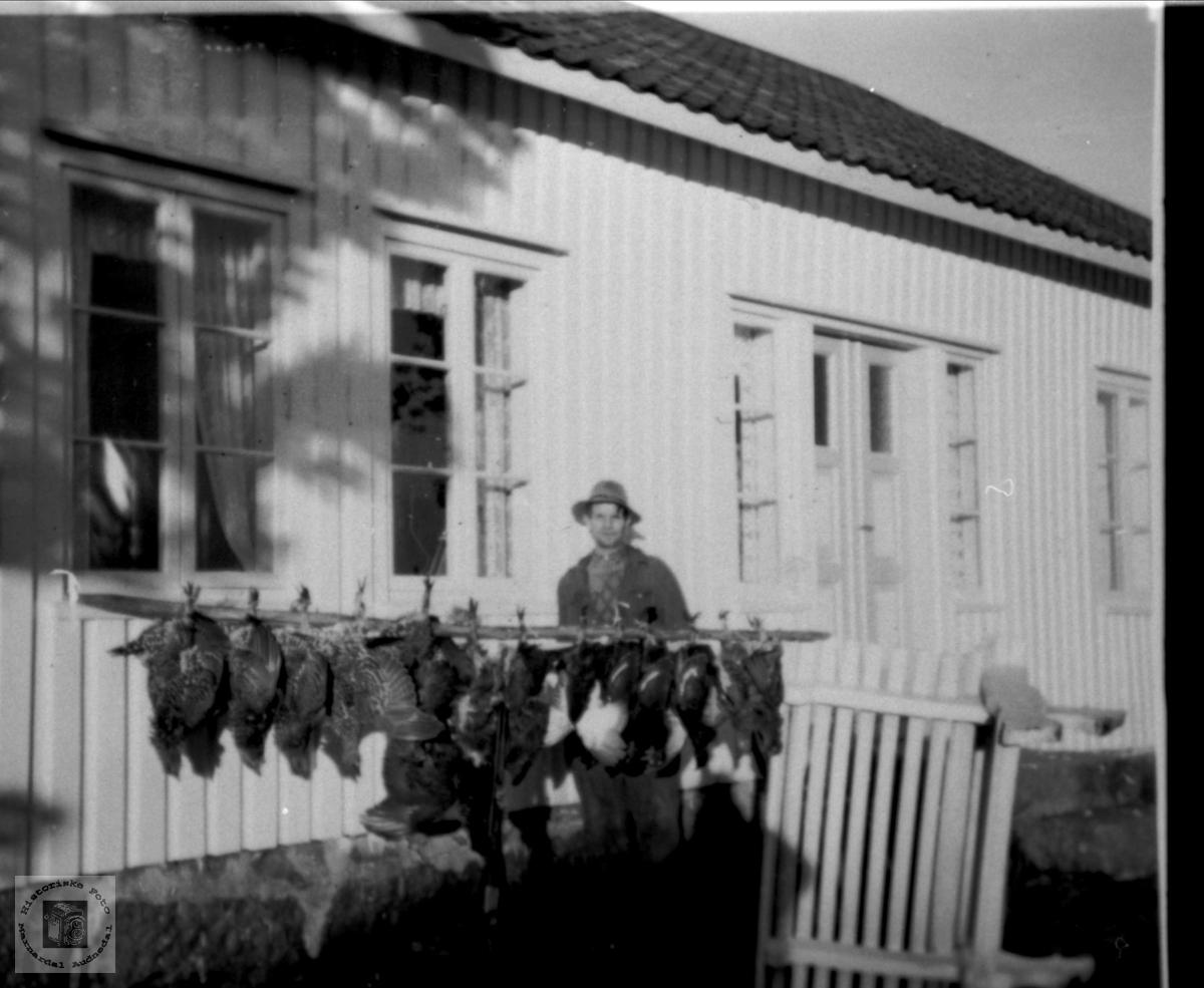 Fuglefangst. Arne G. Bruskeland.