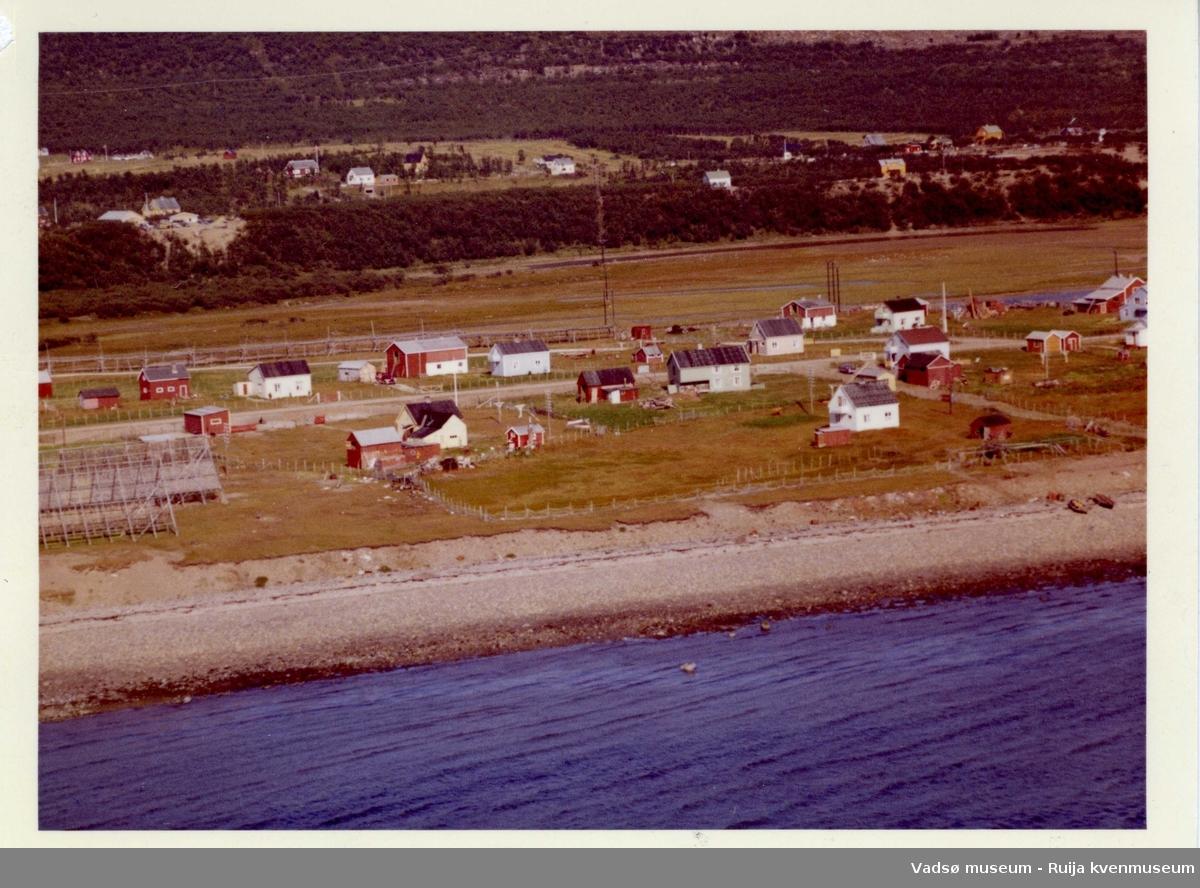 Flyfoto av Vestre Jakobselv vest, 1963.