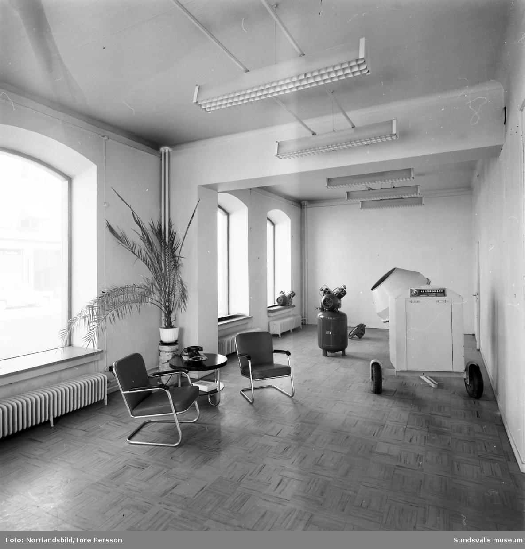 Exteriör- och interiörbilder från huset på Köpmangatan 5, AB Åsbrink  & Co.