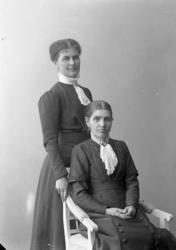 """Enligt fotografens journal nr 2 1919-1915: """"Landberg och Ehr"""