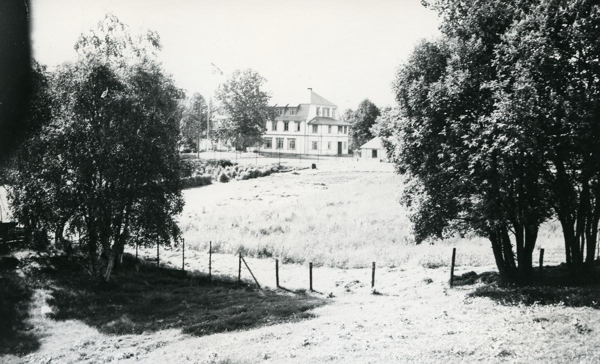 Heggenes hotell, Øystre Slidre, med arkitektur inspirert av bl.a. nybarokk og jugendstil