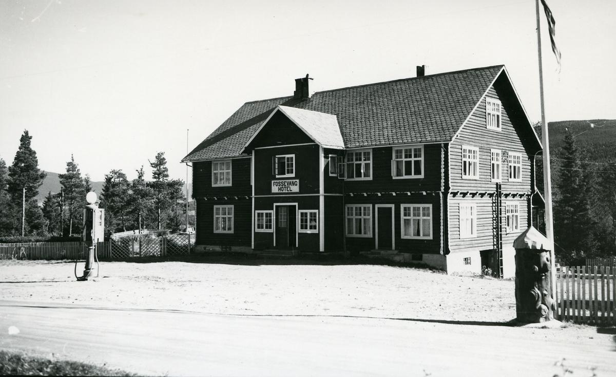 Fossevang hotell, Ryfoss i Vang