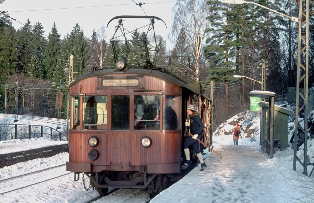 A/S Holmenkolbanen. Holmenkollbanen. Vogn 601, type 1951 (Skabo, NEBB).