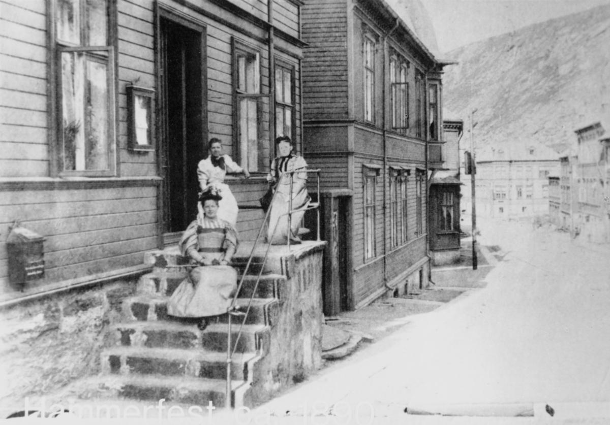 eksteriør, postkontor, 9600 Hammerfest, postkasse, kvinner