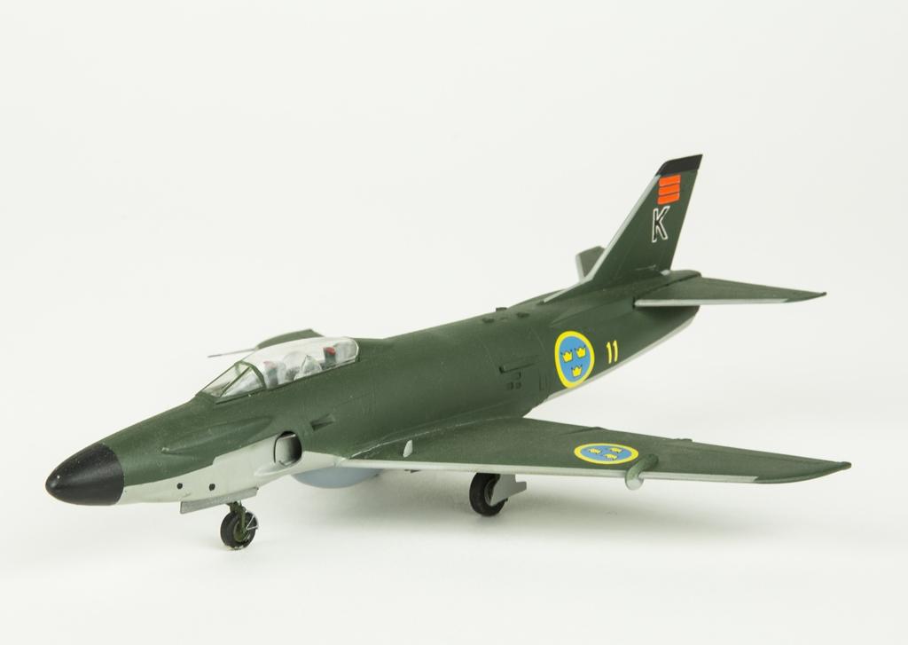 Flygplansmodell SAAB 32 Lansen. Skala 1:72.