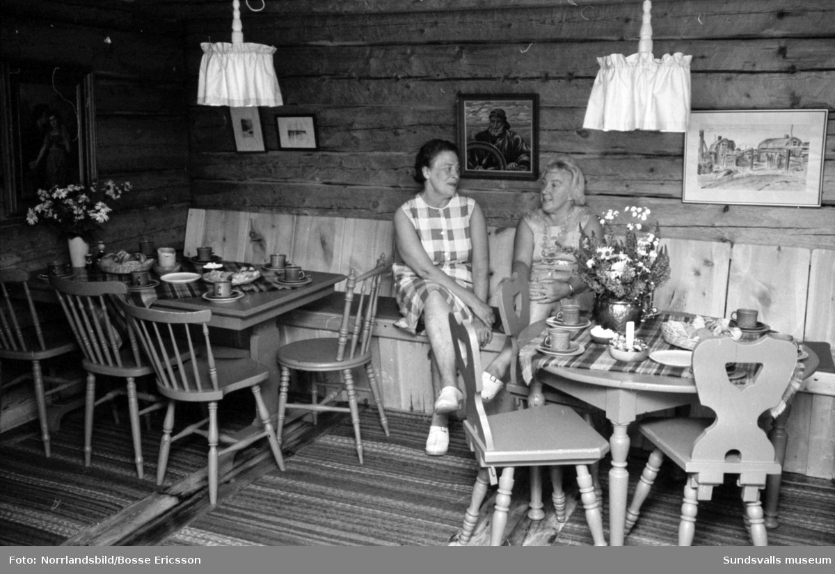 Värdshuset Lanternan i Lörudden. Exteriör- och interiörbilder med personal och gäster.
