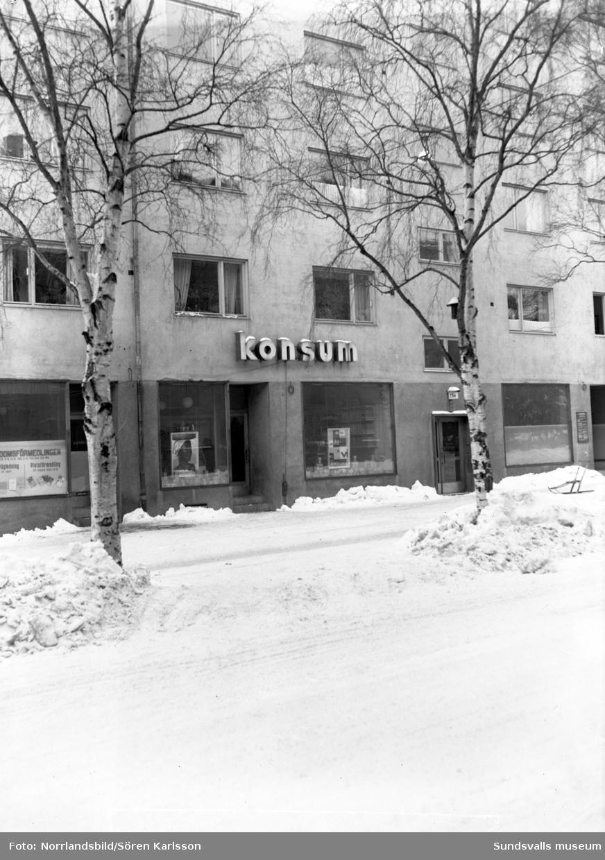 Konsumbutik på Köpmangatan 23-25.