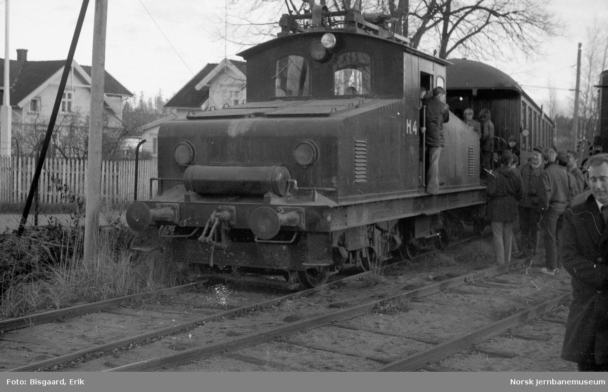 NJK medlemstur til Sarpsborg - Hafslunds elektriske lokomotiv H4 med NJKs utfluktsvogn 601
