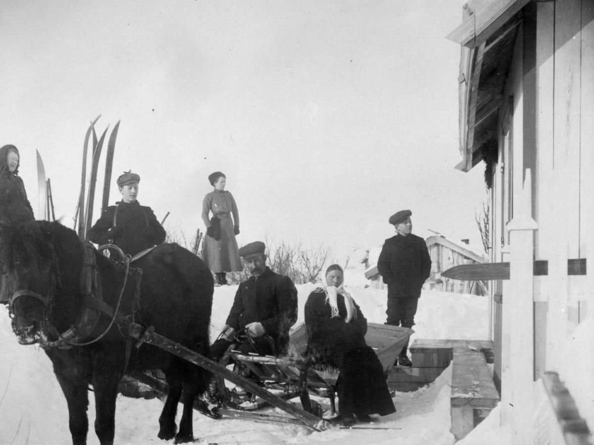 Påsketur. På ski fra Kirkenes til 'Tårnet' 1913