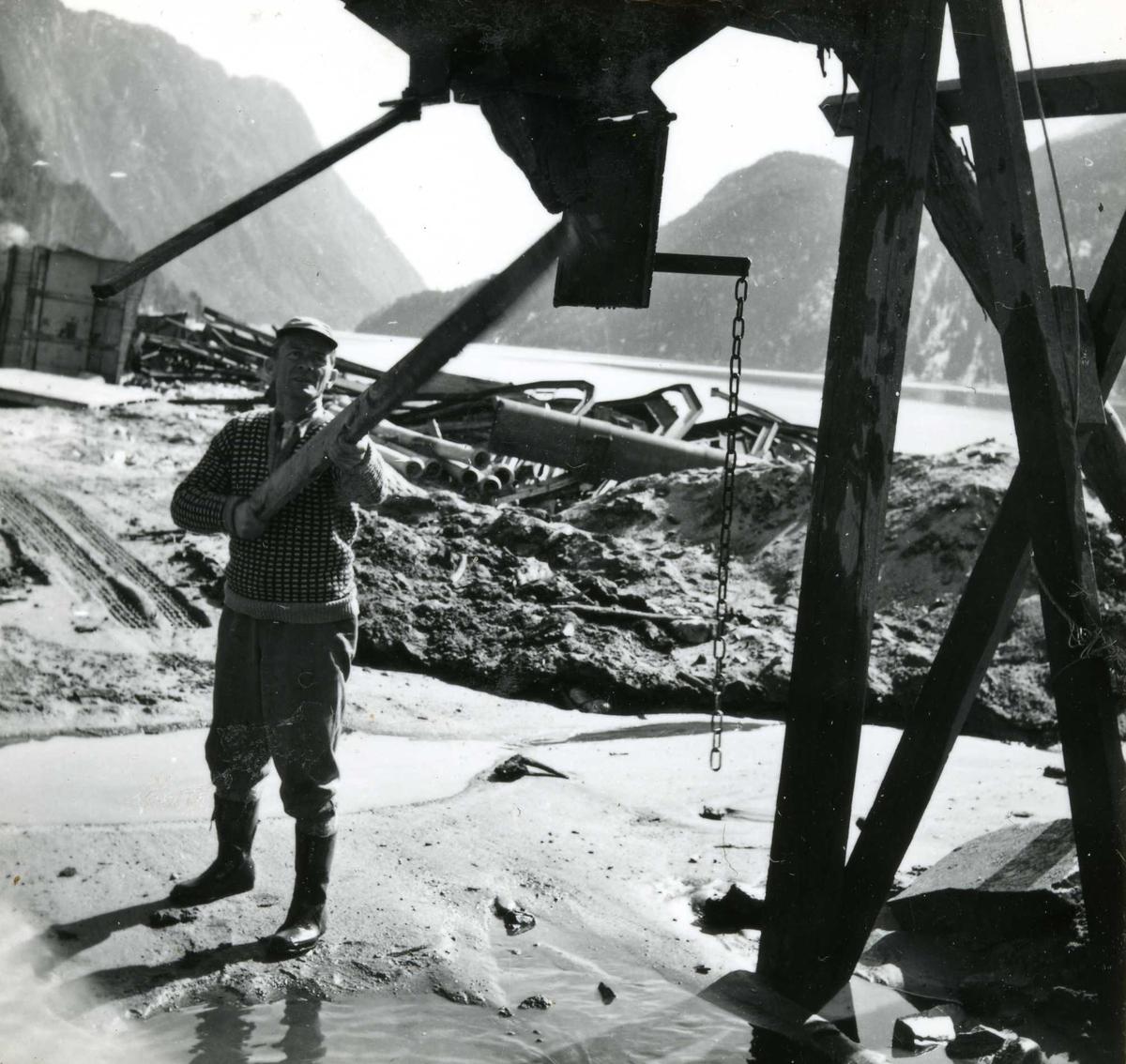 276-1 Arne Bergland - betongarbeid