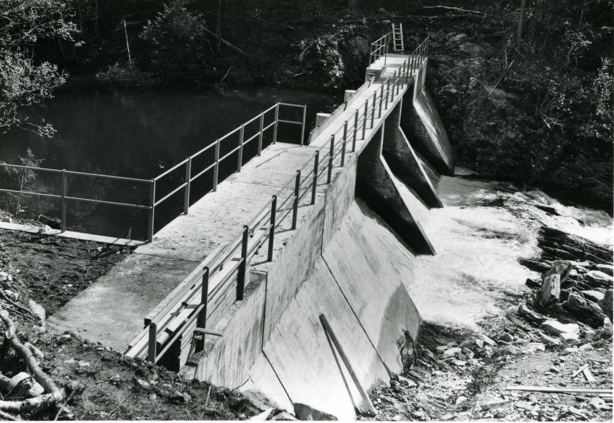 Dam Kolos 10-06-59.tif