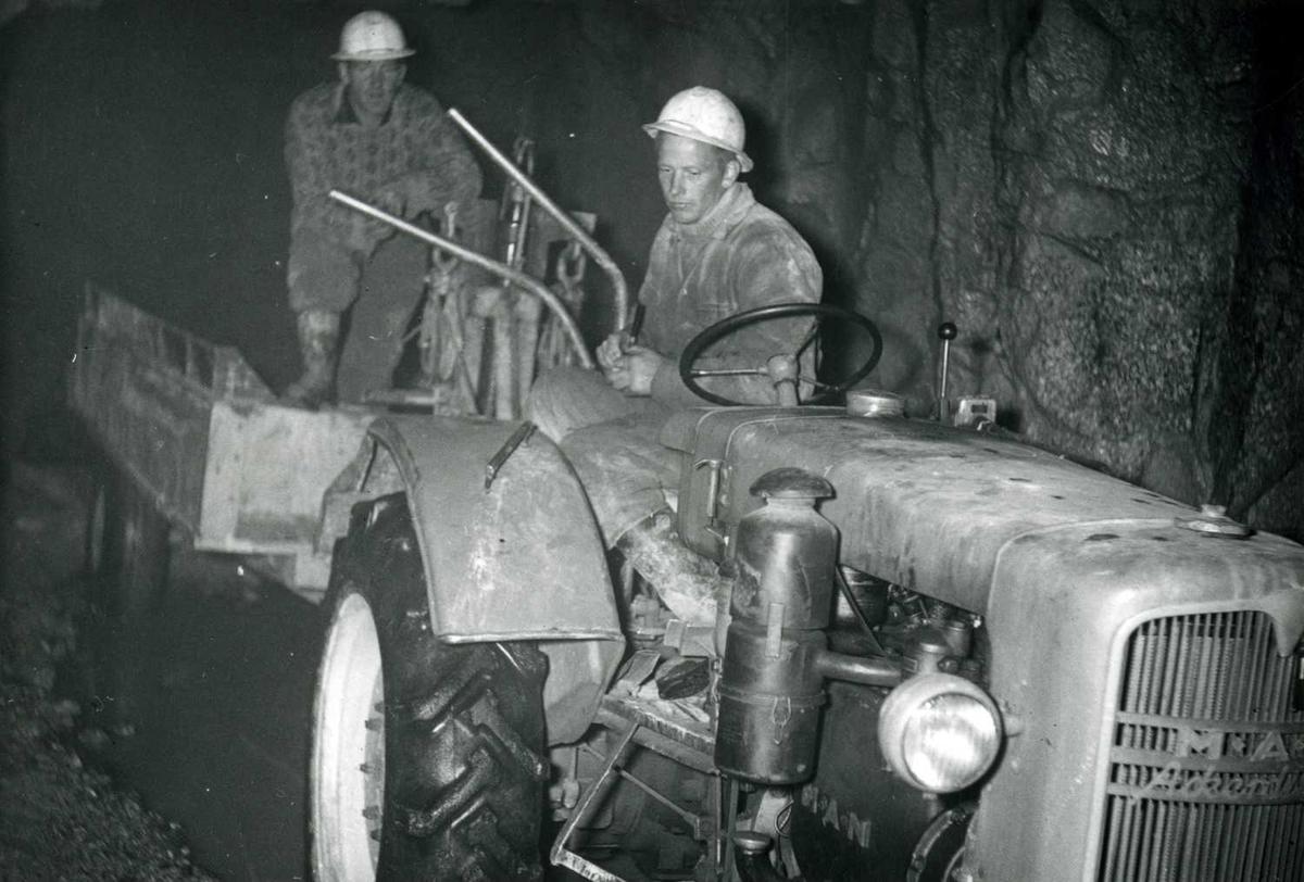 Utkjøring fra tunnel Langesæ   06-10-59.tif
