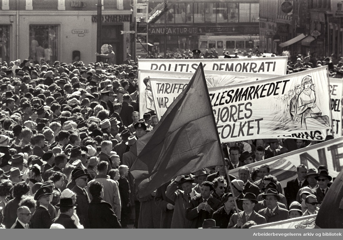 1. mai 1962, Youngstorget.
