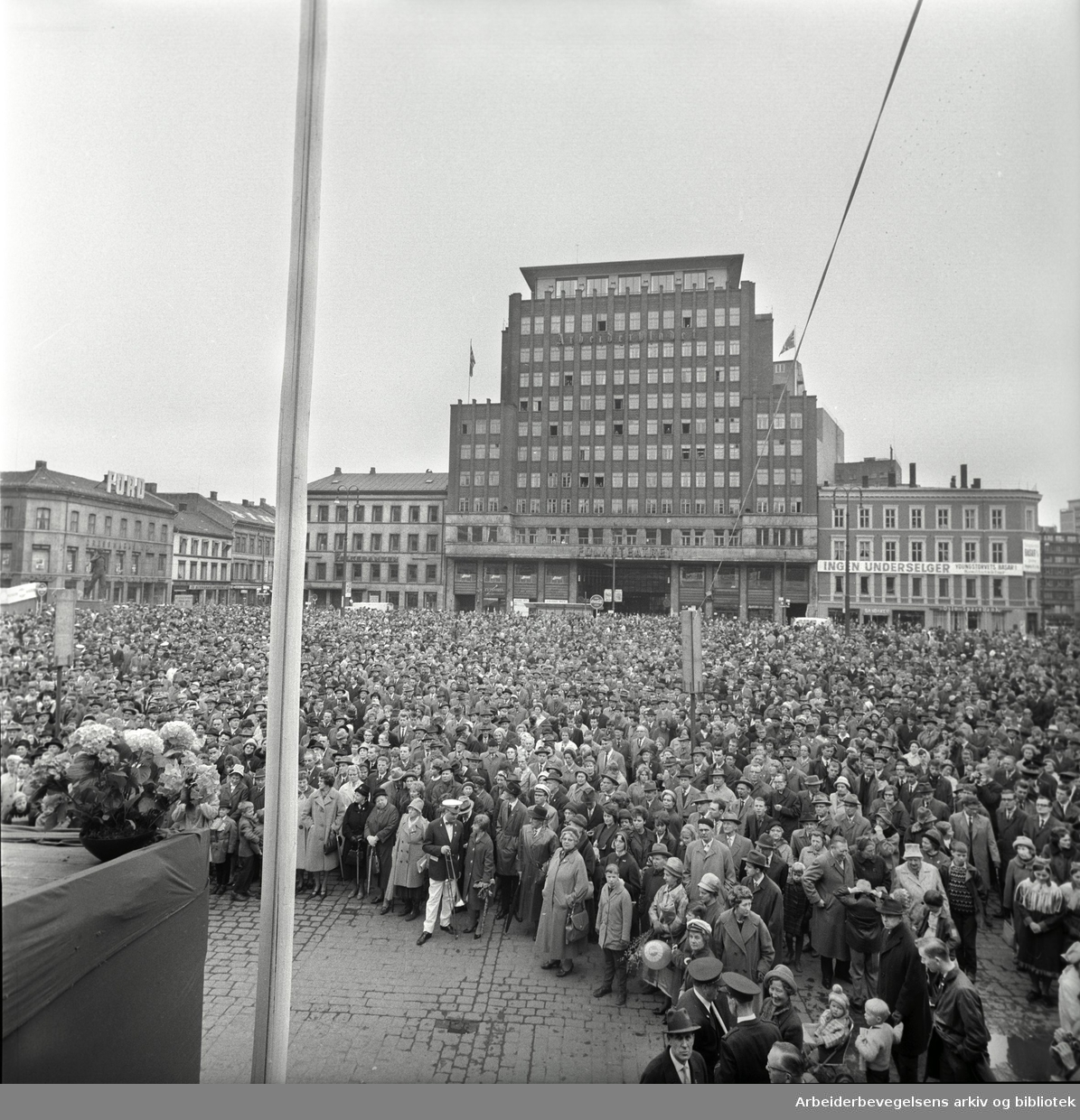 1. mai 1963, Youngstorget.
