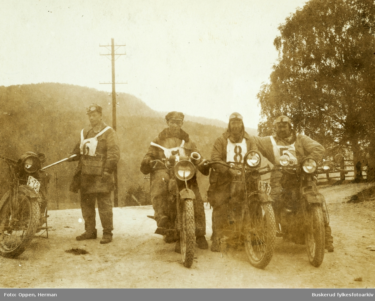 Stavanger-løpet i 1922 ved Notodden F.V. R. Kiserud, K.Espedal, J. Haug, og Herman Oppen C-73