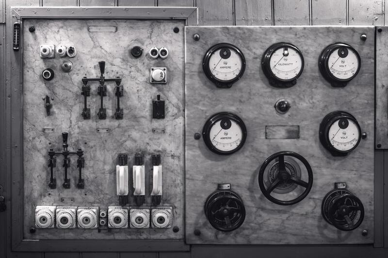 Betjeningstavle for elektrisitet. (Foto/Photo)