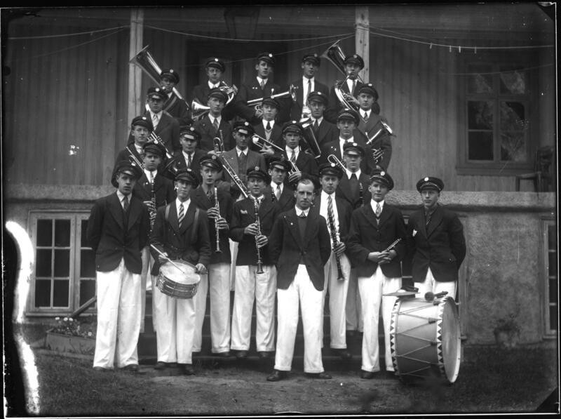 Jevnaker hornmusikkforening. Fotograf: A. Nielsen Eier: Randsfjordmuseet (Foto/Photo)
