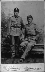Portrett av militære offiserar, ca. 1910. Tørris T. Heggen t