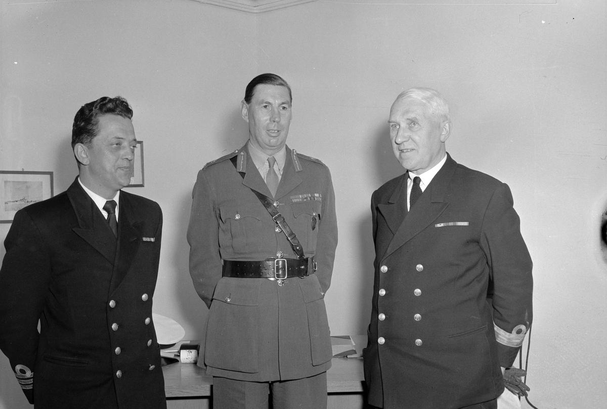 Natosjef for Nordavsnittet, generalløytnant Sir Cecil Sugden på besøk i Trondheim
