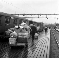 Stor trafikk på Østbanen ved starten av fellesferien. Juni 1