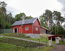 Fjøs fra Indre Billefjord i Porsanger som er gjenoppført på