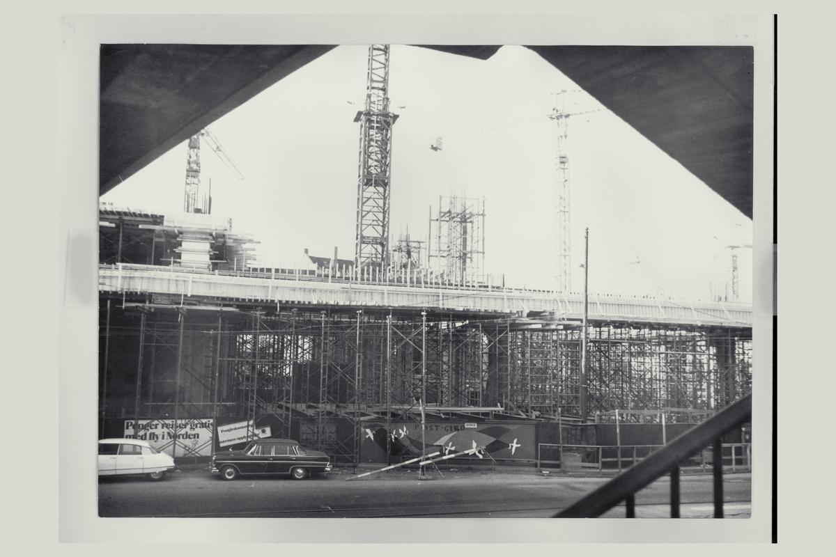 eksteriør, postterminal, Oslo, Postgiro, byggeprosess, september 1973, jernbaneposthuset
