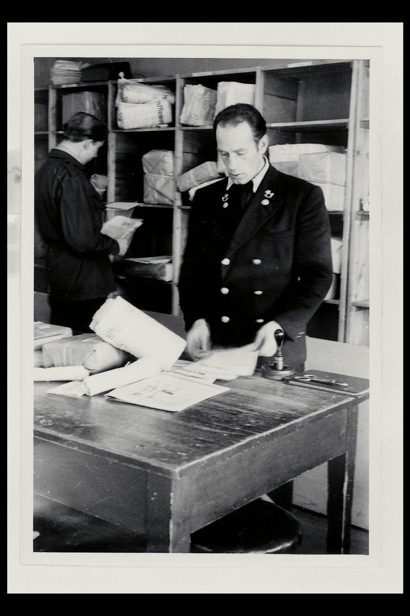 interiør, postkontor, 9750 Honningsvåg, postmann, pakker, sortering