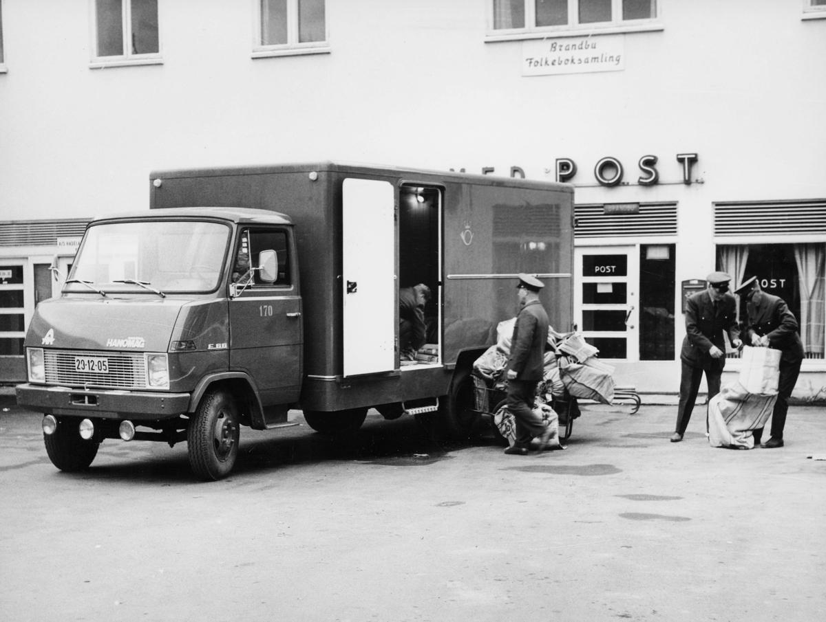 transport, bil, Brandbu, Hanomaag kassebil, lasting, lossing, tre menn