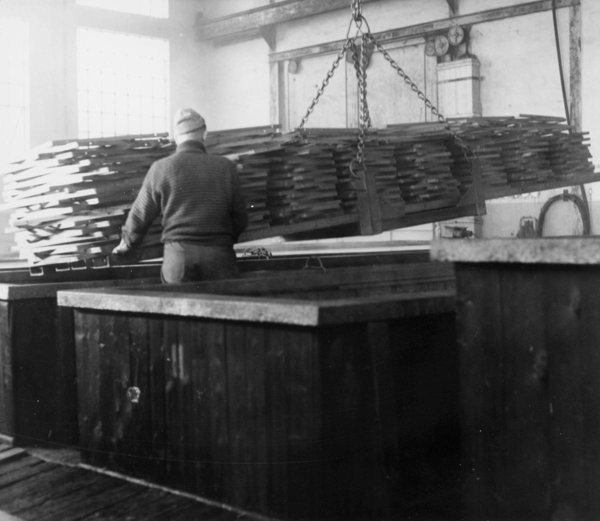 postkasser, produksjon, Krag maskinfabrikk A/S, mann, interiør