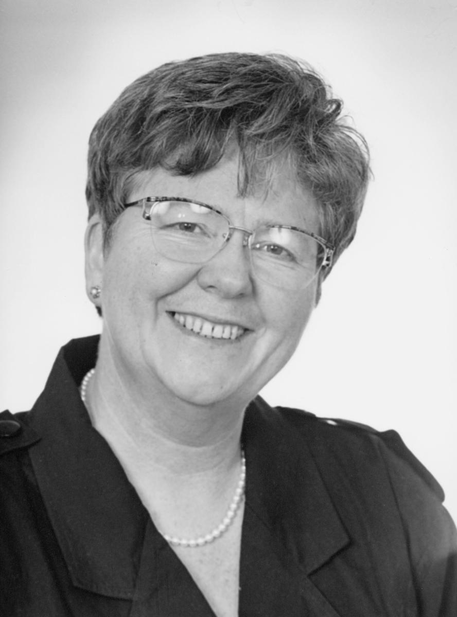 postsjef, Anne-Lise Farnia, portrett