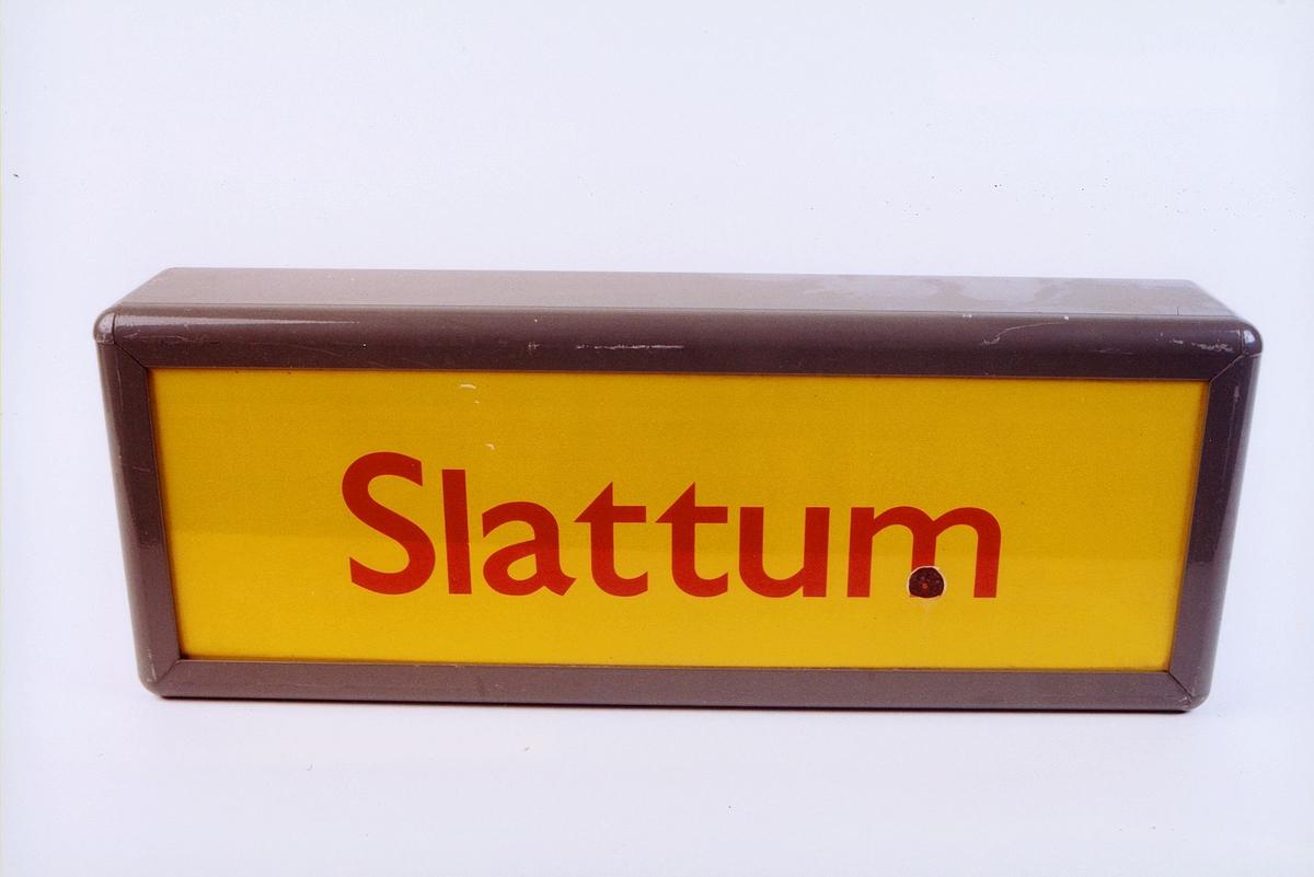 postmuseet, gjenstander, skilt, stedskilt, stedsnavn, Slattum