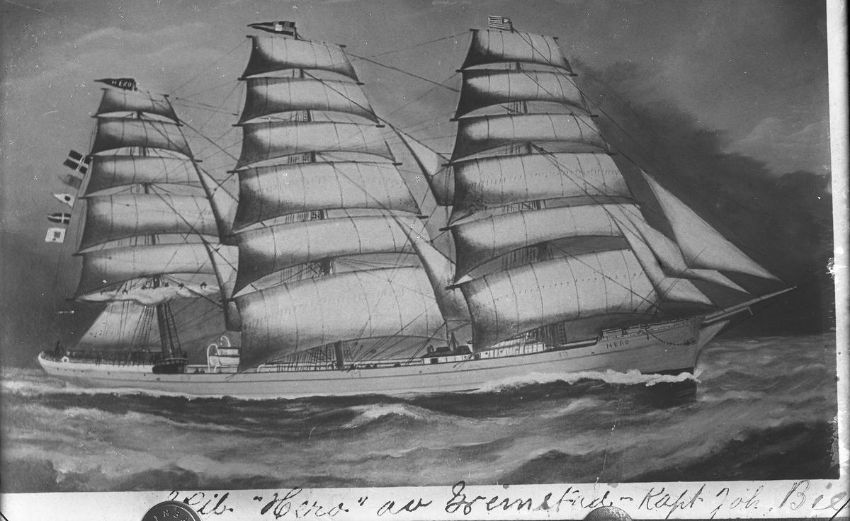 Seilskuta Hero av Grimstad. Seilt av kaptein Joh. Bie