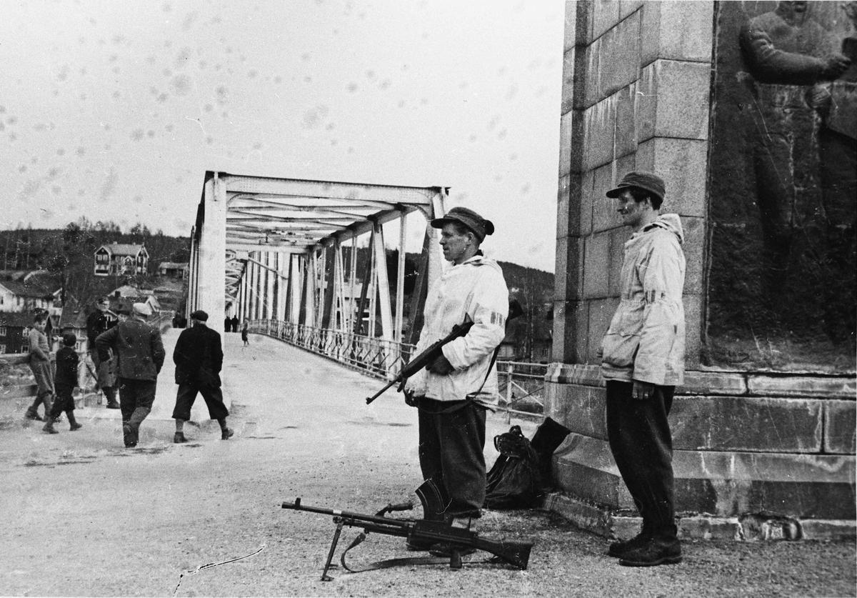 Hjemmestyrker holder vakt ved Sundbrua.