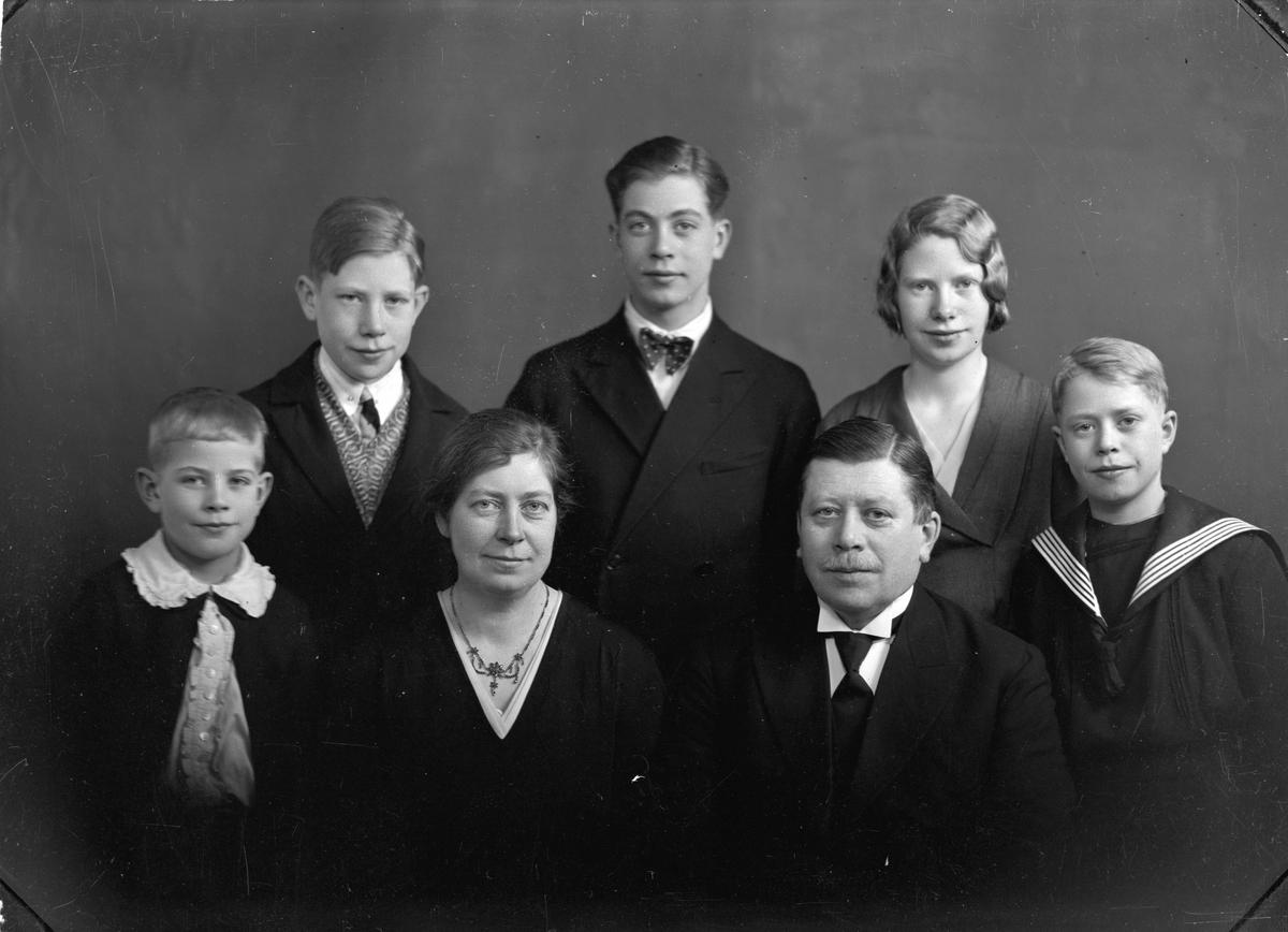Olaf Hilde (bror til Ingeborg Hilde) med familie.