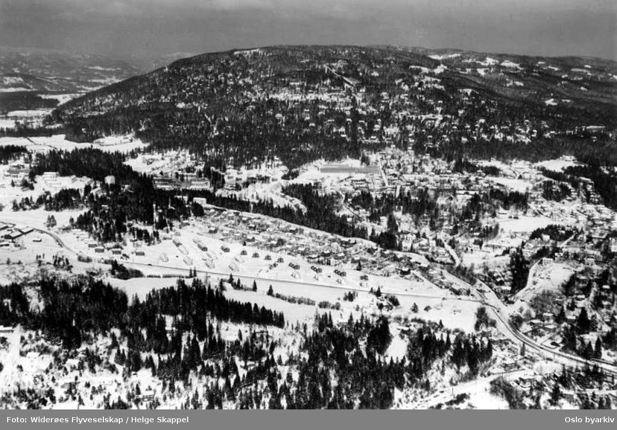 Makrellbekken, Husebygrenda, Sørkedalsveien, Øvre Smestad vei, Jensmessveien, Bernhard Herres vei (Flyfoto)
