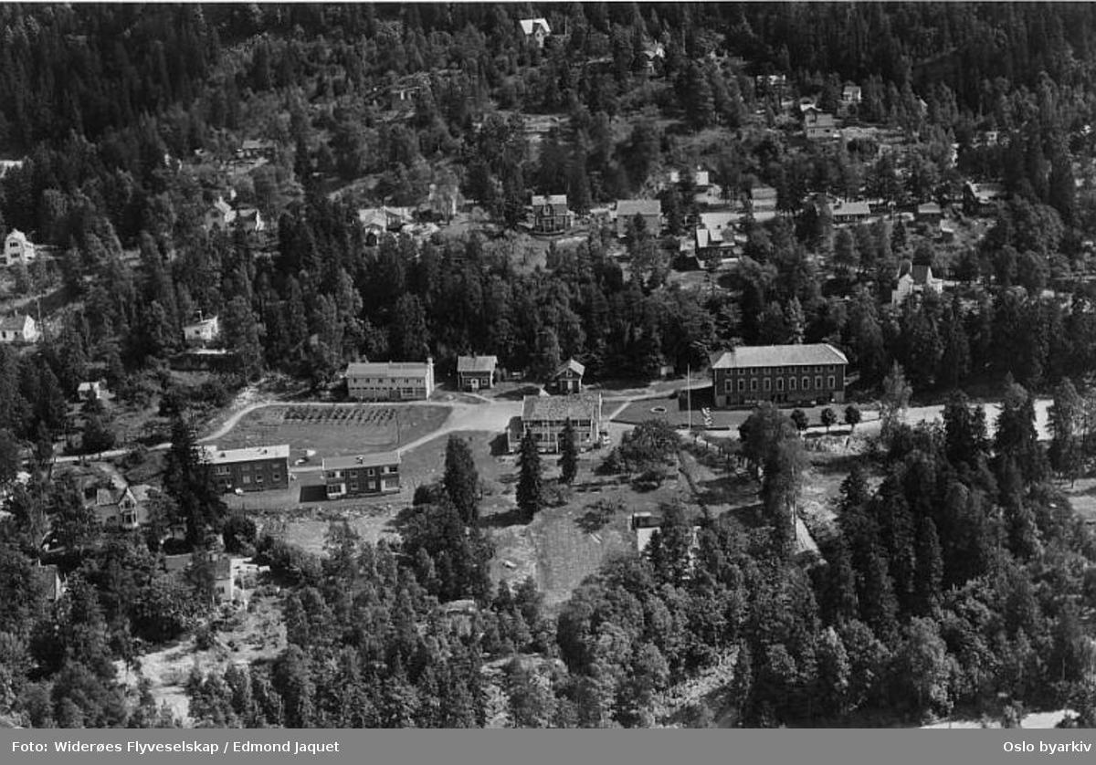 Rønningen folkehøgskole, Myrerskogveien (Flyfoto)