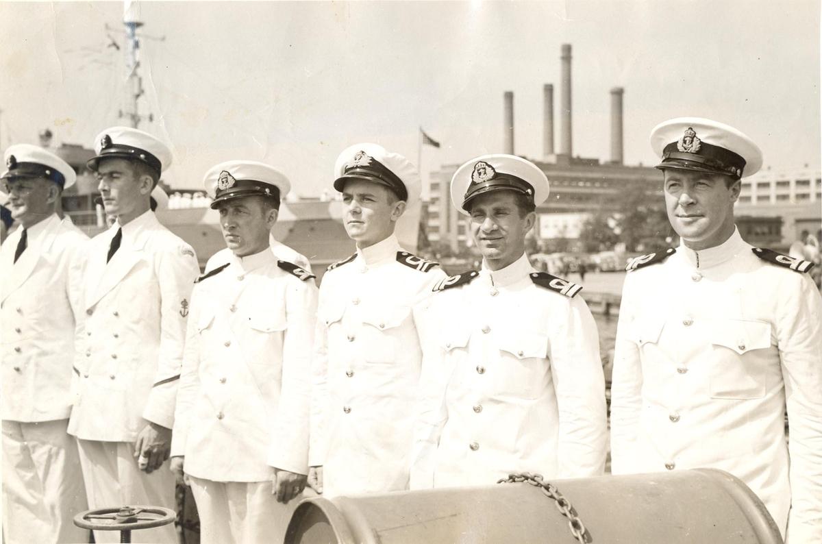 Offiserbesetningen på ubåtjageren King Haakon VII under 2.VK.